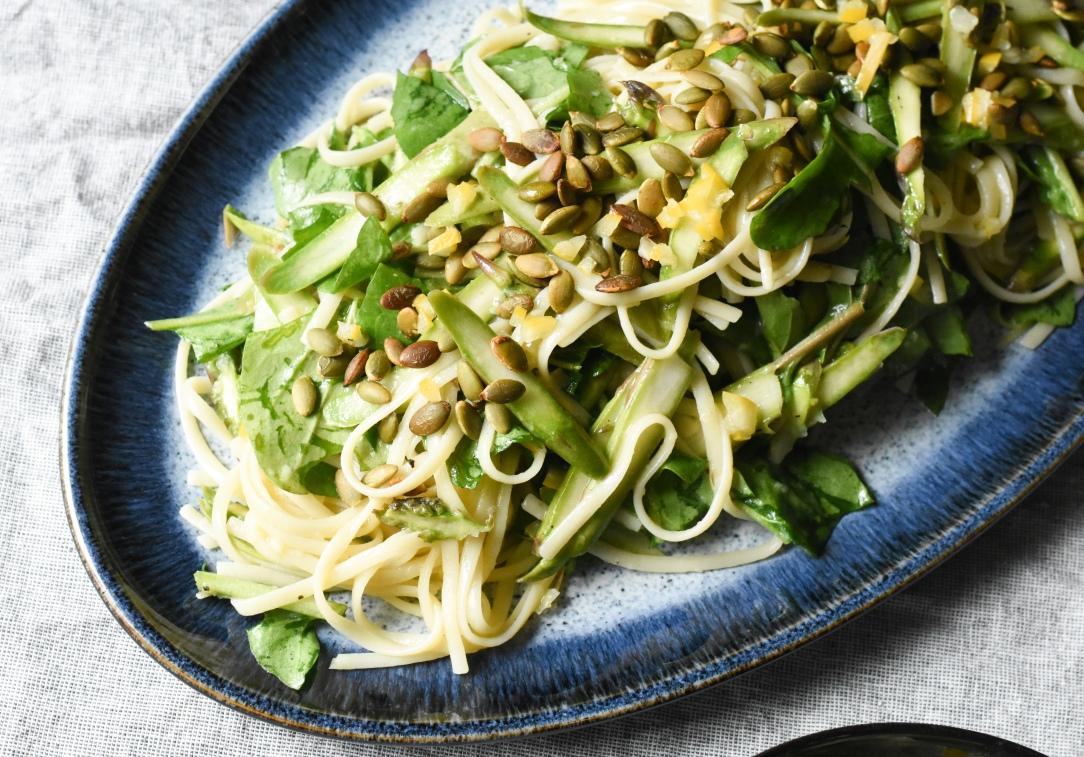 Lemon asparagus pasta salad